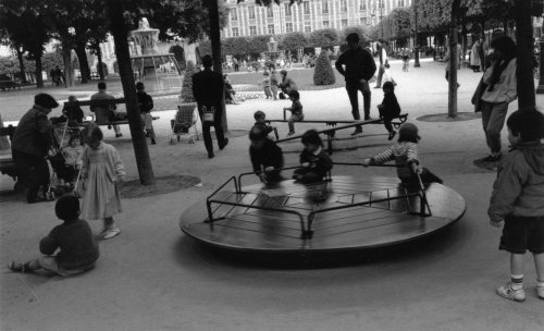 Place de Vosges, Paris ©