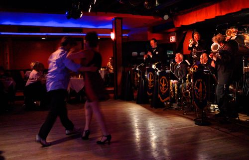 Dancing at the Club Cachet to the Nighthawks. Paul Goldfinger photo. ©