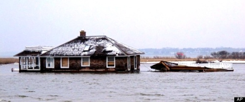 Mantoloking home in Barneget Bay still sits there.  Huffington Post.