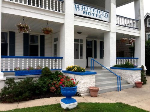 The Whitfield Hotel, Surf Avenue front entrance. All photos by Paul Goldfinger ©