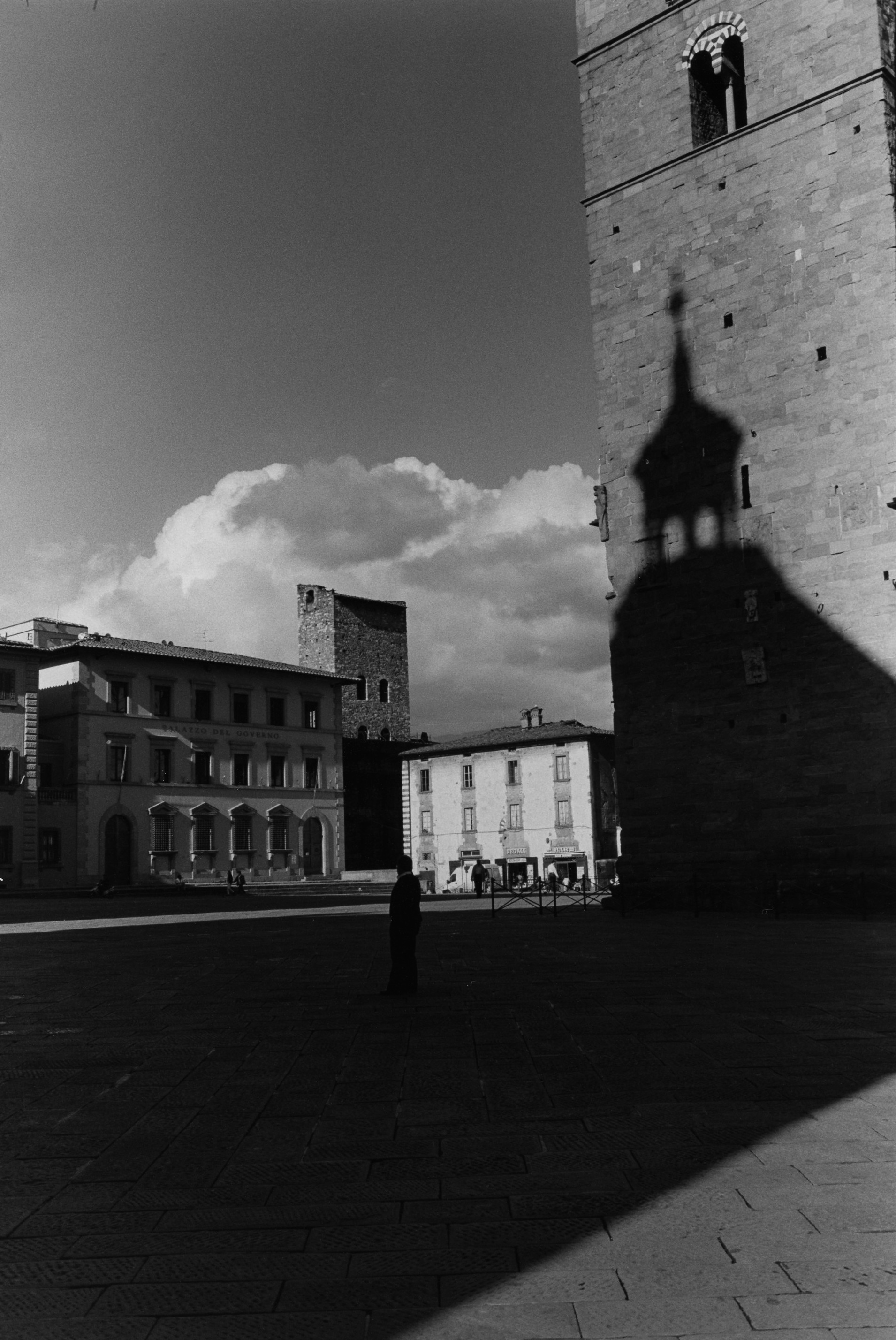 Pistoia, Italy. 1996. © By Paul Goldfinger