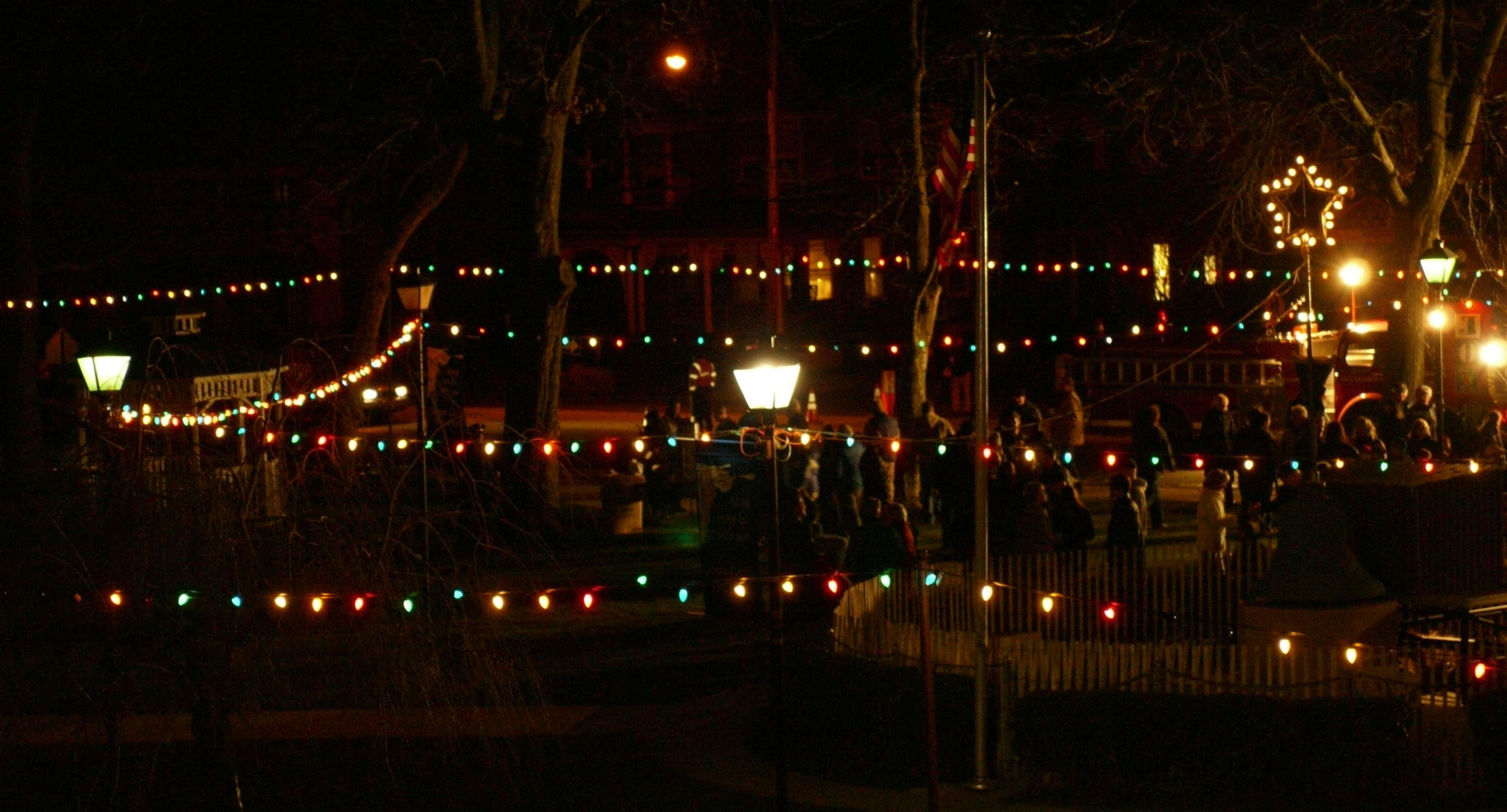 Ocean Grove Christmas Light Show   Blogfinger