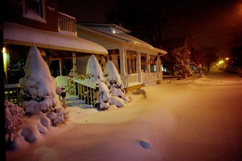 Mt. Hermon Way. ABout 5 inches on the ground. Paul Goldfinger photo ©