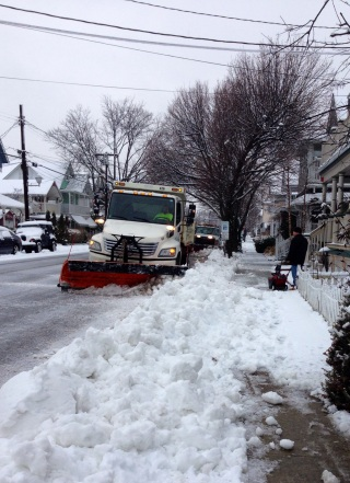 Plows out in full force. Ocean Grove 4:00 pm. Feb 3, 2014.  By Moe Demby, Blogfinger staff
