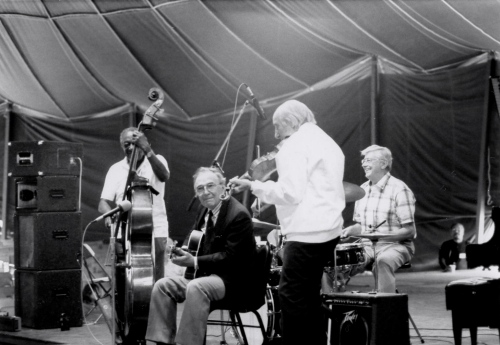 Milt Hinton on bass; Bucky Pizzarelli on guitar; Stefan Grapelli on violin. NJ Jazz Society. Paul Goldfinger photo ©