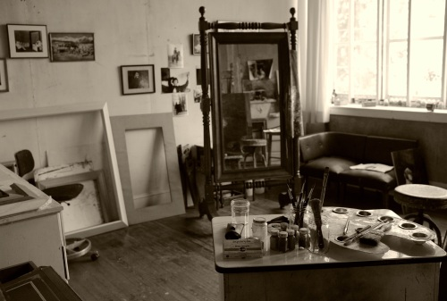 In our 2013 articles about Wyeth, we posted a color shot of his studio.  This black and white image gives a different impression.  By Paul Goldfinger ©