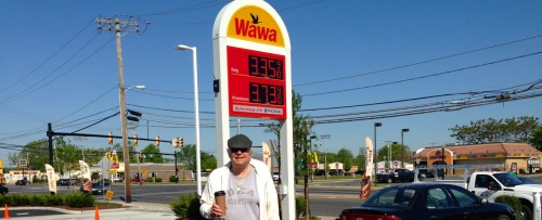 Wow.  WaWa was jumping this Mon morning. This is Paul from Blogfinger reporting live.  Photo by a passing 9th grader.