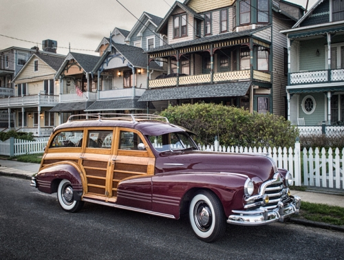 Ocean Grove.  By Bob  Bowné  ©  The vintage car show was in town