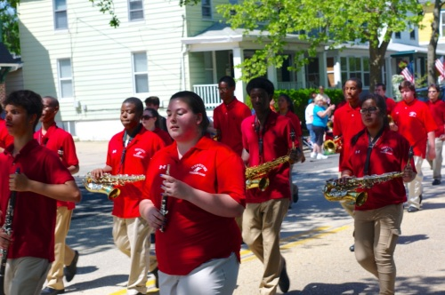 Neptune High woodwinds.  Is that an oboe player in the marching band?  How about that!   Blogfinger photo ©