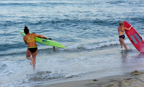 Surfboard race. ©