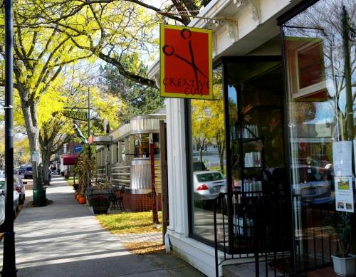 Millbrook Diner on Franklin Ave. ©