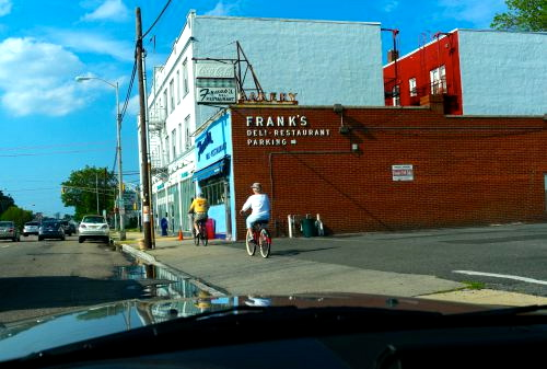 Frank's 1406 Main Avenue near Sunset Avenue. Blogfinger file photo