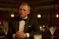la-sci-sn-james-bond-alcohol-shaken-not-stirre-001