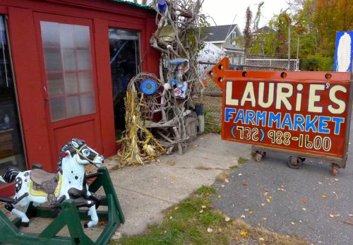 Laurie's Market in Neptune. Blogfinger file photo. 2013 ©