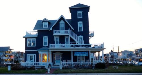 Summer Rentals.  Ocean Avenue, Ocean Grove. April 5, 2015. Paul Goldfinger photo ©