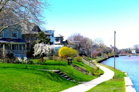 Ocean Grove near the North End Redevelop Zone.  April 26, 2-15. Paul Goldfinger photo ©