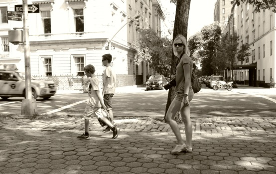 Fifth Avenue, Upper East Side, at Central Park.  August, 2014.  Paul Goldfinger photo.  ©
