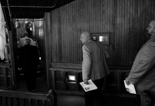 Rev. Dr. Tony Campolo about to step onto the stage of the Great Auditorium. By Paul Goldfinger © 8/16/15. Blogfinger.net photo.