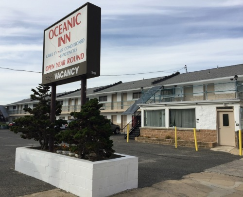 The Oceanic Inn on Kingsley Avenue in Asbury Park. Paul Goldfinger photo ©