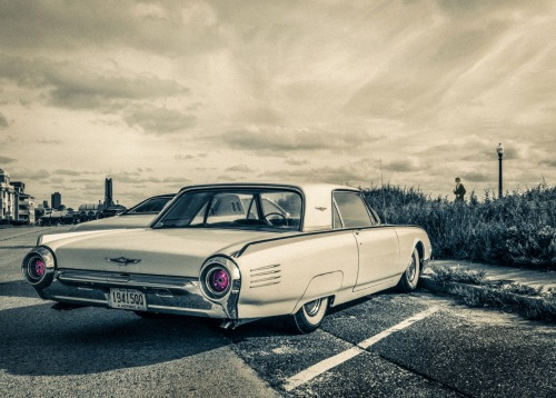 Mr. Karloff's nifty sedan. by Bob Bowné. Special to Blogfinger. Ocean Grove, September 21, 2015.