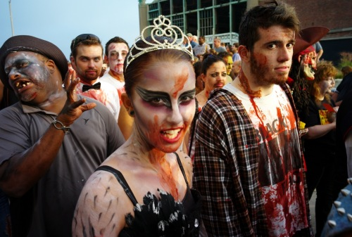Zombie babe. A. Park October 2013. Paul Goldfinger photo © Blogfinger.net