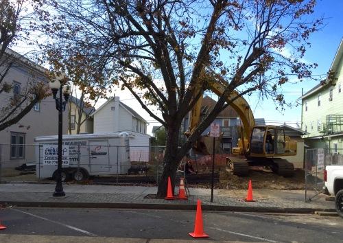 50 Main Avenue Ocean Grove. Thanksgiving morning. Heavy equipment at work. Blogfinger photo ©