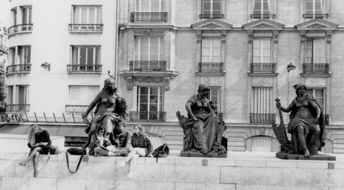 Left Bank, Paris. Musée D'orsay Paul Goldfinger photo ©