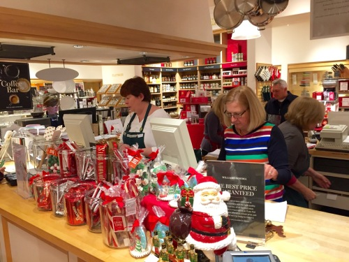 Williams-Sonoma in the Grove. No man should go there alone (without a woman guide) Blogfinger photo
