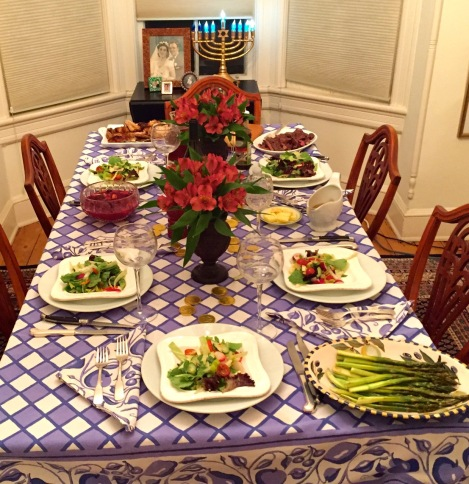 Dinner is ready. the seventh candle is lit with a blessing. And then it's ready, set, go. Blogfinger.net photo. December 12, 2015