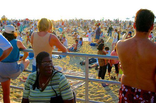 Asbury Park. July 29, 2002. Paul Goldfinger photo ©