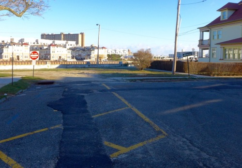 Standing at the end of Central Avenue, facing Lake Avenue and Wesley Lake. Ocean Grove, January 13, 2016. Paul Goldfinger photo.