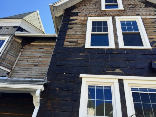 Meticulous attention to original siding. Blogfinger photo.