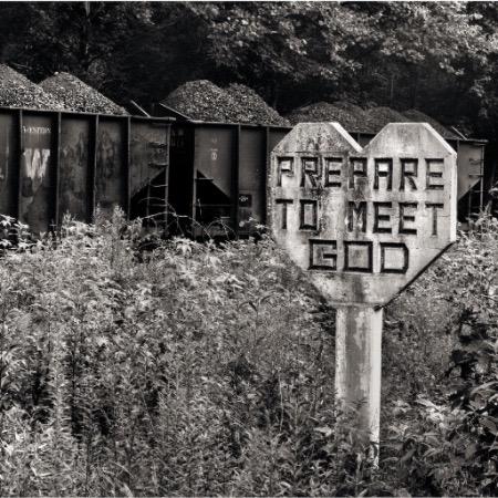 Williamson, West Virginia by Builder Levy. 1971 ©