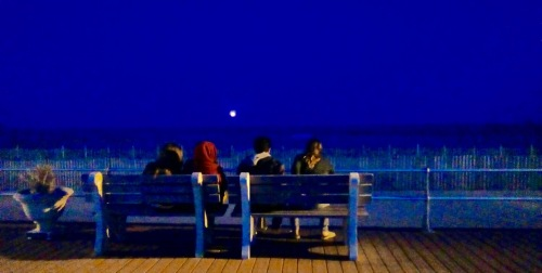 Although chilly tonite, Moongazers were out on the benches watching the moonrise. 3/23/16. By Jean Bredin, Blogfinger staff. ©