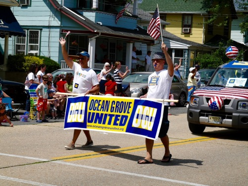 Ocean Grove, Main Avenue. July 4, 2009. Paul Goldfinger photo ©  Click to enlarge