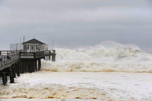 OceanGrove pier during Hurricane Irene in 2011. Ted Aanensen photo, blogfinger staff ©