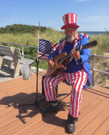 Playing and singing on the Ocean Grove Boardwalk 9/11/16 By Lee Morgan of OF ©