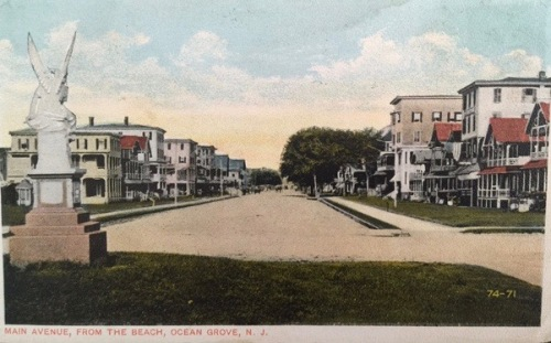 Main AVenue, 1918, looking west from Ocean Avenue. Postcards courtesy of Traci Stein.