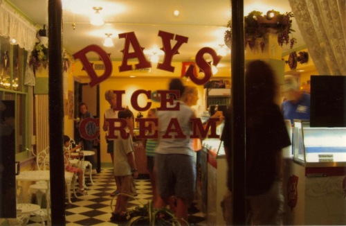 Days Ice Cream. Ocean Grove, NJ. c. 2010. Paul Goldfinger photo. ©