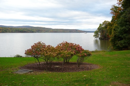 Hudson River Valley near Rhinebeck, NY.  Autumn. By Paul Goldfinger c. 2013 ©