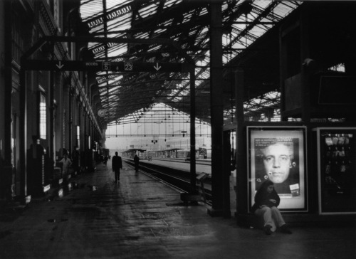 Gare du Nord, Paris.  Paul Goldfinger photo. c.1996. ©