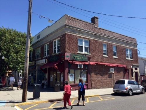#58-60 Main Avenue. Blogfinger photo. © 2016.