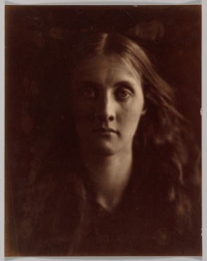 Julia Jackson, 1862. She was Julia Cameron's neice and her favorite subject. Julia J. was also the mother of writer Virginia Woolf.