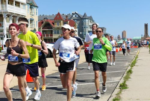 NJ Marathon in Ocean Grove 2011. Paul Goldfinger photo ©